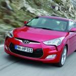 Der neue Hyundai Veloster 2012 in der Frontansicht (Fahraufnahme)