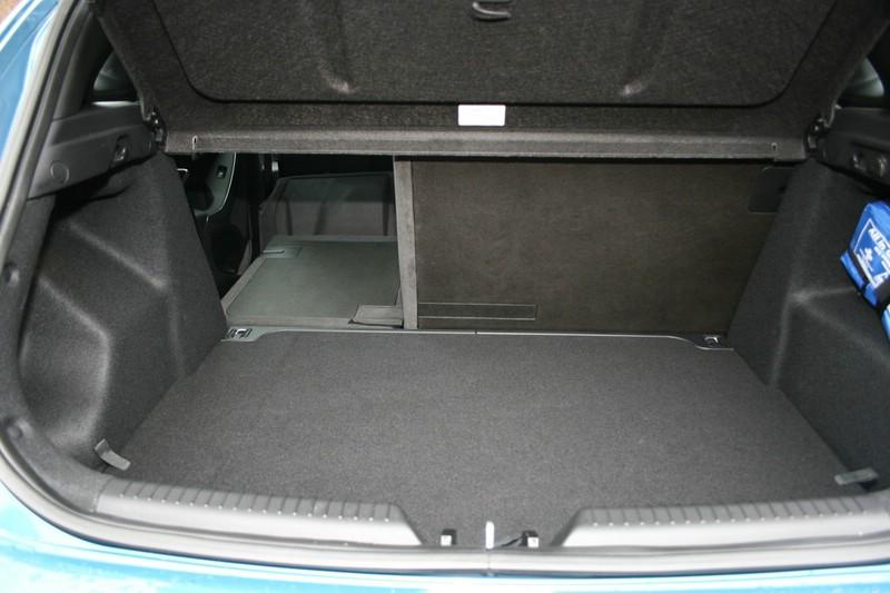 Der Kofferraum des Hyundai i30 Modelljahr 2012