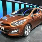 Hyundai präsentiert den neuen i30cw in Genf