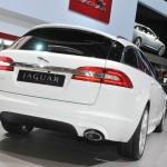 Die Kombiversion: Jaguar XF Sportbrake in der Heckansicht
