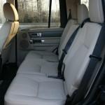Die Rücksitzbank des Land Rover Discovery 3.0 TDV6 SE