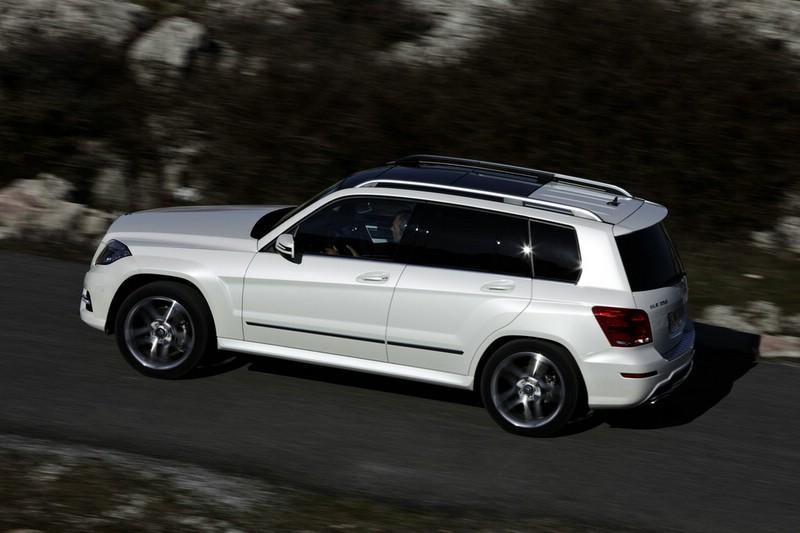 2012 Mercedes-Benz GLK in der Seitenansicht