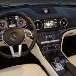 Das Cockpit des neuen Mercedes-Benz SL 500
