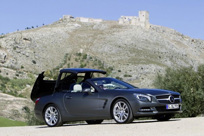 Neuer Mercedes-Benz SL 500 - Das Dach öffnet sich