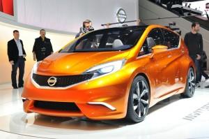 Nissan INVITATION auf dem Genfer Autosalon 2012