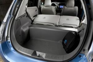 Der Kofferraum des Elektrofahrzeugs Nissan Leaf