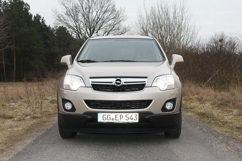 Die Frontpartie des SUV-Modells Opel Antara