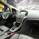 Der Innenraum des Opel Astra GTC OPC - Das Cockpit