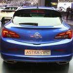 Die Heckpartie des 280 ps starken Opel Astra GTC OPC