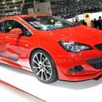 Opel Astra GTC von Irmscher auf edm Genfer Autosalon 2012