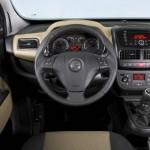 Der Innenraum des Opel Combo Tour
