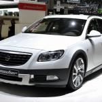 Opel Insignia ST aufgemotzt von Irmscher - Genf 2012