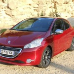 Der Peugeot 208 als Dreitürer in der Frontansicht