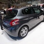 Der neue Peugeot 208 zeigt sich auf dem Genfer Salon