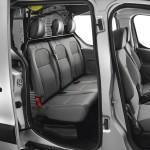 Die Sitze und der Trennwand im Peugeot Partner Kastenwagen