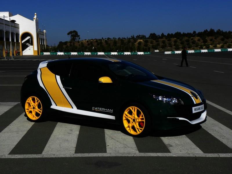 Renault Megane R.S. auf der Rennstrecke (Standaufnahme)