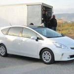 Der Toyotas Prius + (Standaufnahme)