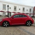 2012-er Volkswagen Beetle in der Seitenansicht