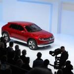 Volkswagen präsentiert das Cross Coupe auf der Genfer Messe 2012