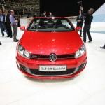 Die Frontpartie des Volkswagen Golf GTI Cabriolet in Genf