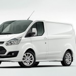 Ford Transit Custom in Weiss (Kastenwagen)