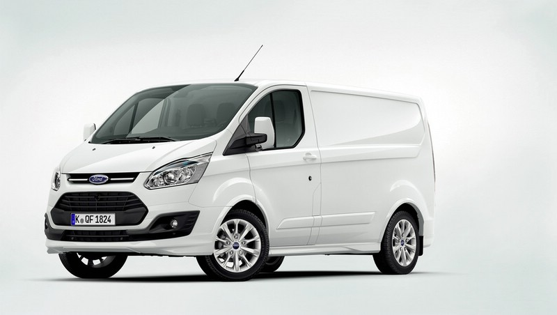 Ford Transit Custom in Weiss (Kastenwagen)