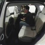 Bein und Kopffreiheit im Fiat 500L