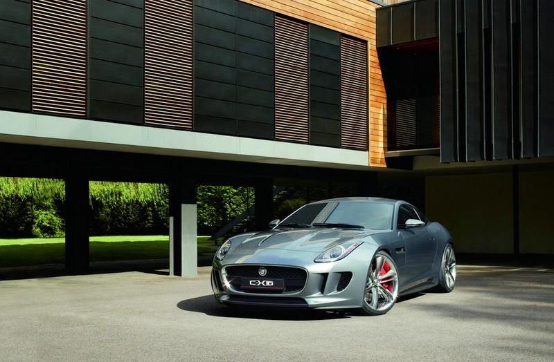 Die Frontpartie des Sportwagens Jaguar C-X16