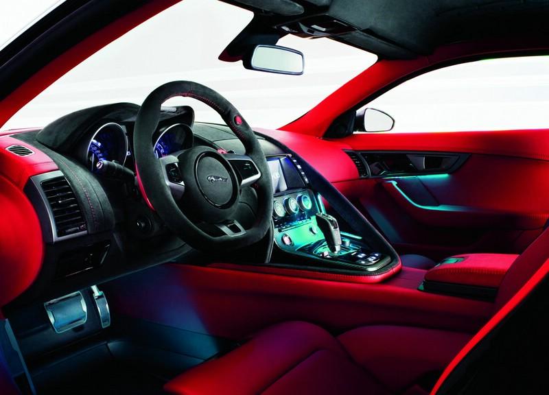 Das Interieur des Jaguar C-X16
