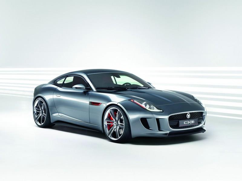 Jaguars Hybrid-Modell C-X16 in der Front- Seitenansicht