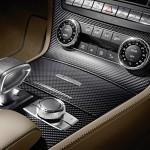 Die Mittelkonsole des Mercedes-Benz SL 65 AMG 45th Anniversary