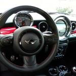 Das Cockpit des Mini Coupe John Cooper Works