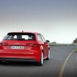 Audi A3 in der Heckansicht (Fahraufnahme)