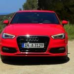 Frontansicht des Audi A3 (Rot, Standaufnahme)
