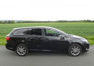 Der neue Toyota Avensis Combi 2.2 D-CAT Exclusive