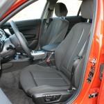 Die Fahrerseite des BMW 1er 116d
