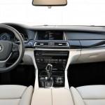 Das Armaturenbrett des BMW 7er