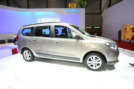 Der neue Dacia Lodgy auf einer Automesse