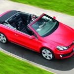 Der neue Golf GTI als Cabriolet aus der Vogelperspektive