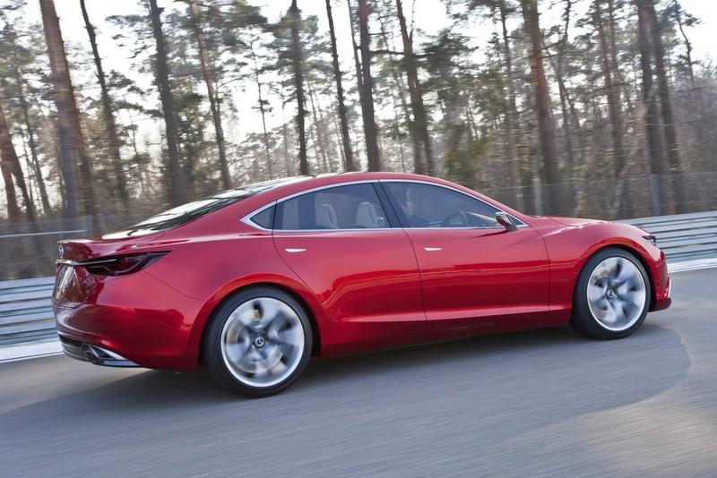 Seitenpartie des neuen Mazda Takeri