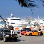 Nissan Juke-R gegen Ferrari und Lamborghini