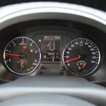 Die Rundinstrumente des Nissan X-Trail 2.0 dCi LE