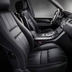 Der Innenraum des Range Rover Sport Black Edition