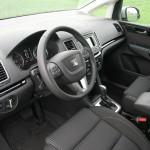 Cockpit des Seat Alhambra 2.0 TDI