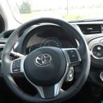 Das Cockpit des Toyota Yaris