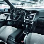 Der Innenraum des VW CrossPolo Urban White