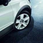 Die Leichtmetallfelgen des VW CrossPolo Urban White
