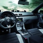 Interieur des Volkswagen Passat R-Line