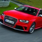 Audi RS 4 Avant in der Frontansicht