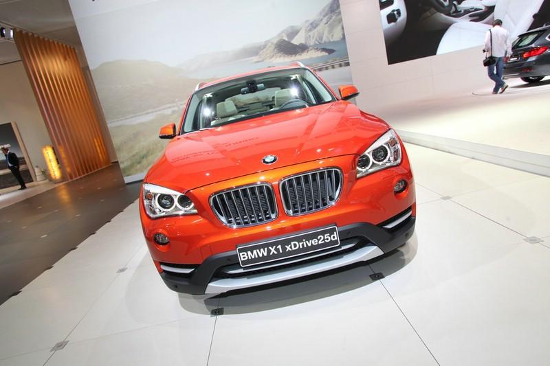 Die Frontpartie des BMW X1